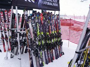 Тесты горных лыж Salomon Atomic в Золотой Долине