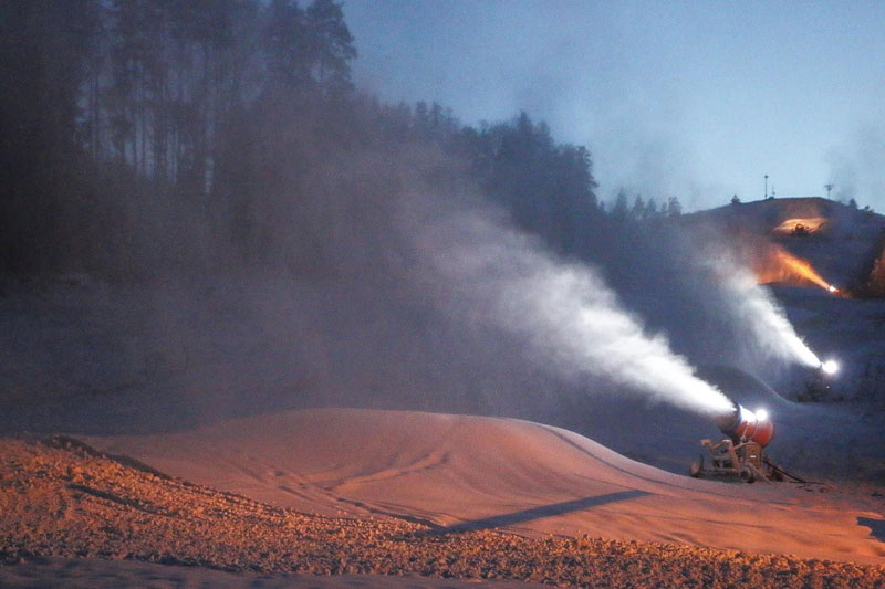 Горнолыжный курорт Красное Озеро открывает зимний сезон